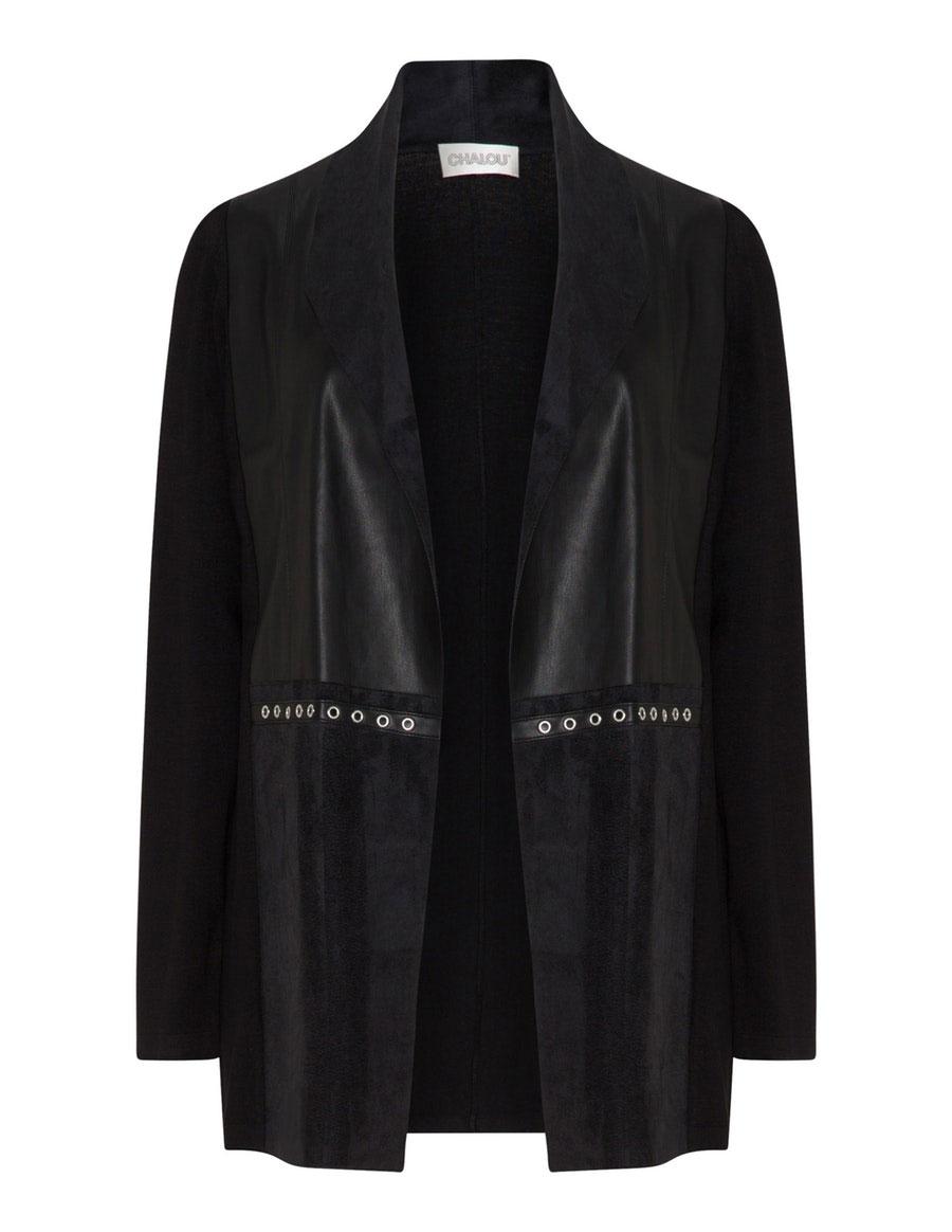 Lijfstijl Mode verkoopt ook grote maten blazers en jasjes van chalou